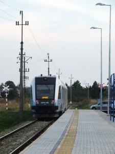 SA134-016 minął przystanek Zagrody i podąża w kierunku Zamościa